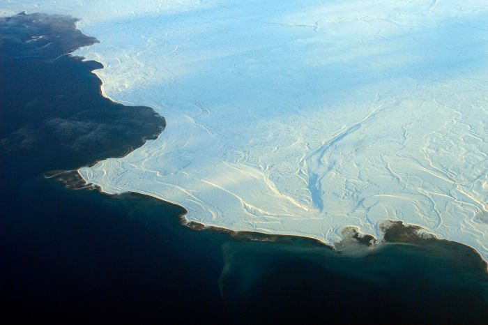 Aerial_view_of_the_edge_of_the_ice_in_Nunavut_2